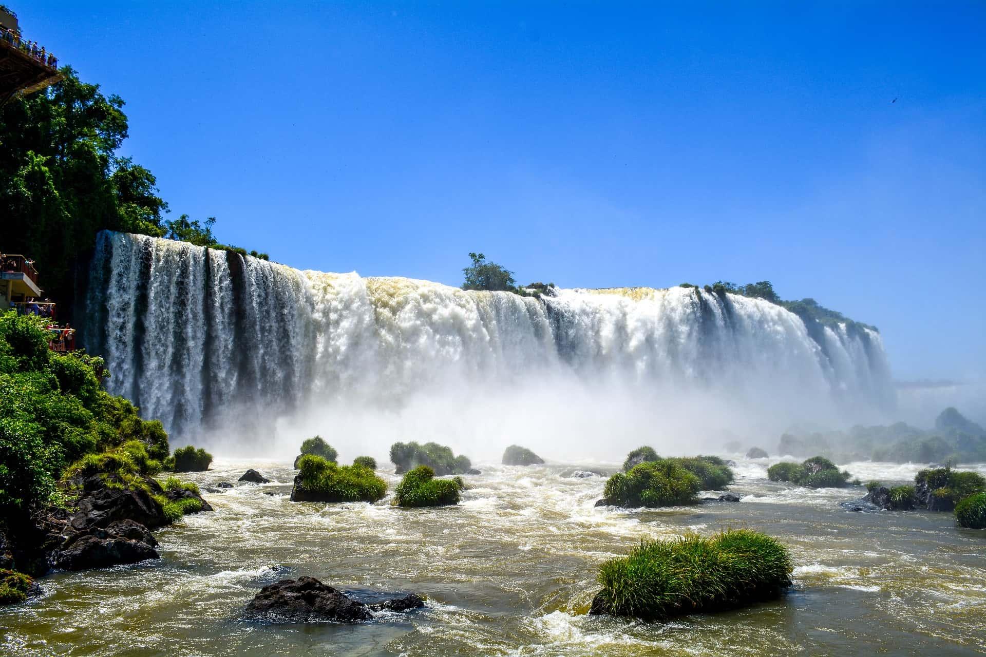 waterfall-2301249_1920-min
